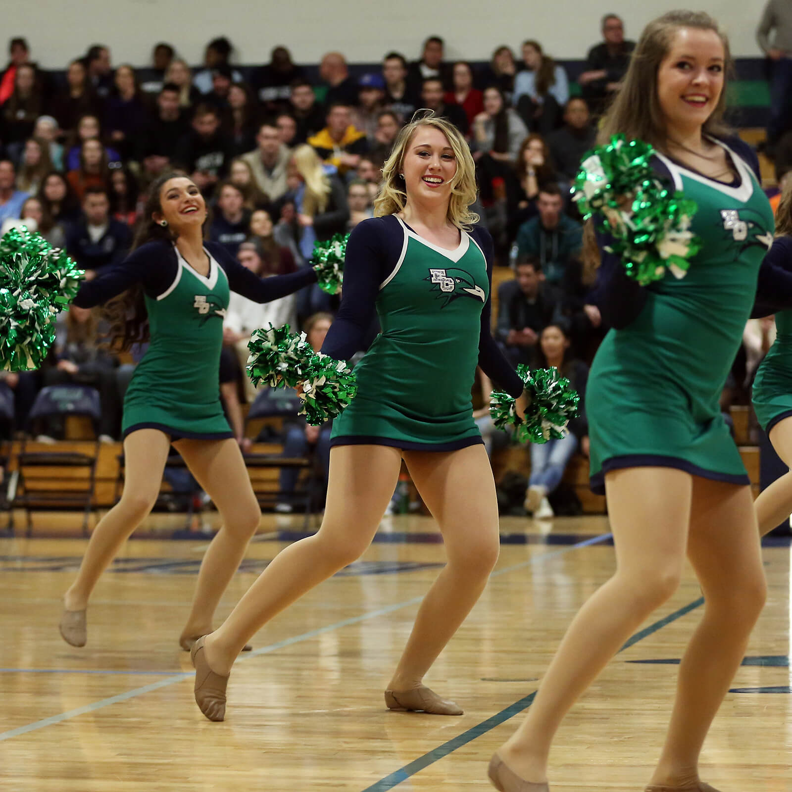 dance team performing pom routine