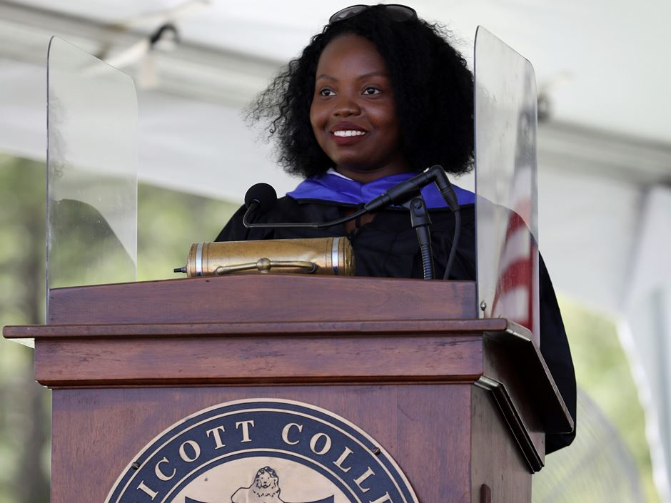 Since coming to the U.S. in 2009, Sherley Belizaire has gone from not speaking any English to being an Endicott Boston alumna and lead teacher at a YMCA.