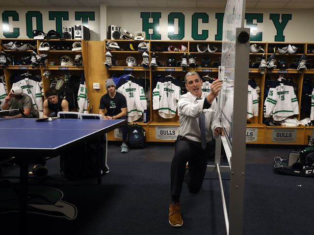 The Endicott College men's hockey team.