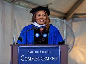Latoyia Edwards, NBC Universal morning news anchor, addressing students at the 2019 Van Loan School Commencement