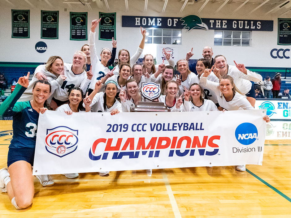 Women's volleyball team celebrates winning CCC title