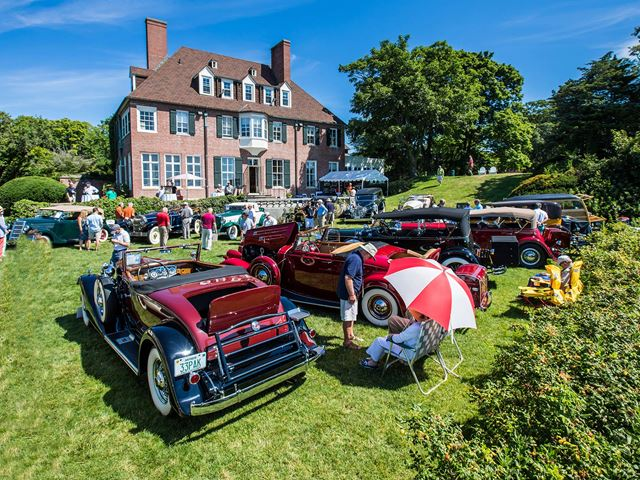 Antique cars on the back lawn of Misselwood during the Concours d'Elegance.