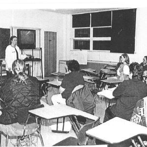 Speaking to an Endicott Registered Nurse Role Transition class about the Intercultural Nursing program in December 1998